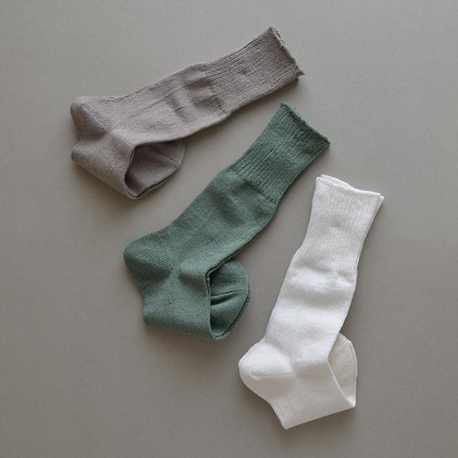 「足の衣 麻」